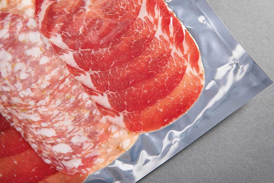 Hústermékek minőségének hosszabb idejű megőrzése vákuumfóliázóval
